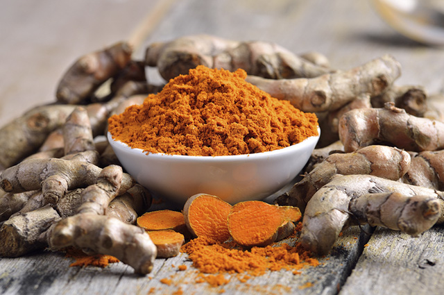A cúrcuma é largamente utilizada na culinária
